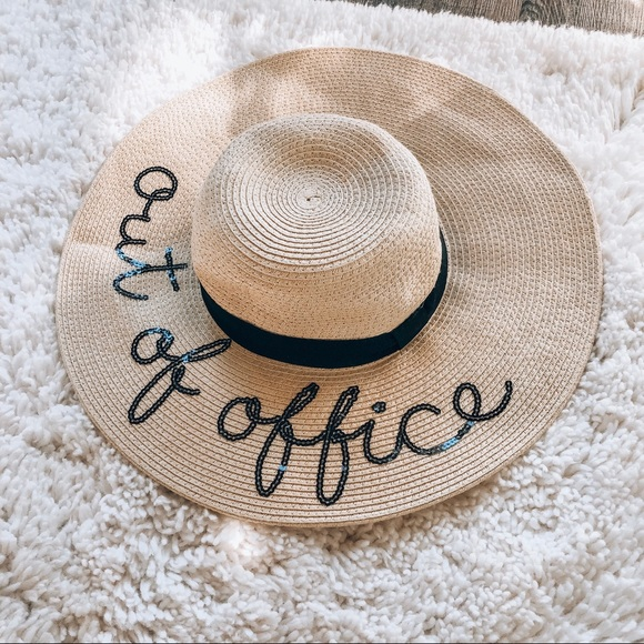 173050e998 Accessories - Out of office floppy hat